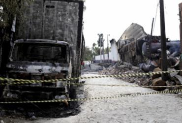 Fábrica de colchões funcionava sem auto de vistoria do Corpo de Bombeiros | Adilton Venegeroles l Ag. A TARDE