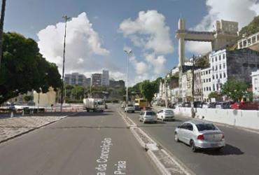 Motociclista morre após colidir com corrente no Comércio | Reprodução | Google Street View