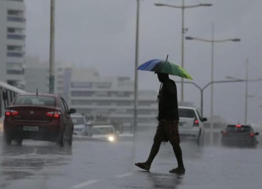 Chuva causa transtornos ao trânsito de Salvador nesta quinta | Raul Spinassé | Ag. A TARDE