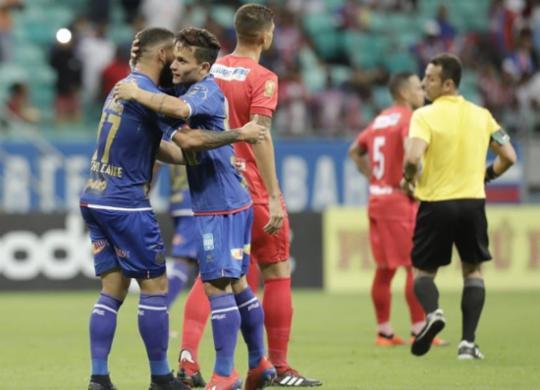 Com gols de Fernandão e Gilberto, Bahia vence o Salgueiro | Adilton Venegeroles | Ag. A TARDE