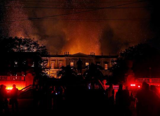Curto-circuito em ar-condicionado provocou incêndio no Museu Nacional, aponta perícia | Tânia Rego | Agência Brasil