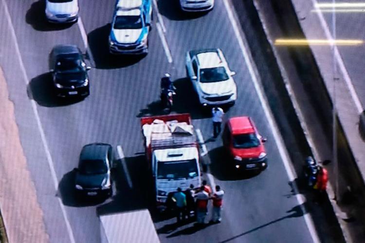 Acidente aconteceu por volta das 8h30 - Foto: Reprodução | Tv Record Bahia