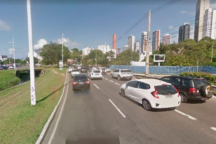 Primeiro acidente aconteceu na rua Lucaia, às 7h27 - Foto: Reprodução | Google Street View