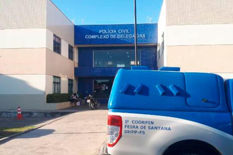 Vítimas registraram queixa no Complexo de Delegacias de Feira de Santana - Foto: Reprodução | Acorda Cidade