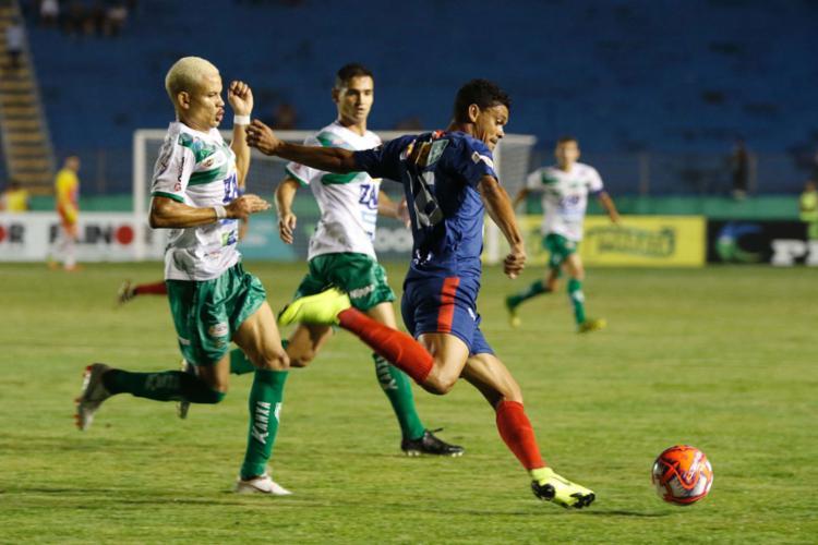 O primeiro duelo no Lomanto Júnior, em Conquista, terminou empatado em 1 a 1 - Foto: Eliezer Oliveira l Estadão Conteúdo