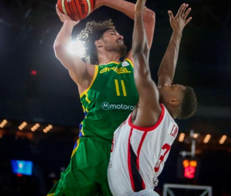Brasil deve lutar pela segunda vaga da chave à fase seguinte do torneio - Foto: Divulgação | FIBA