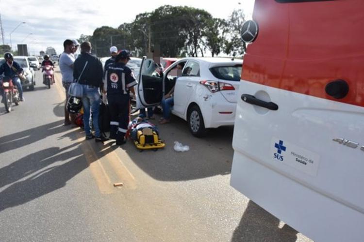 Vítima foi socorrida por uma unidade do Serviço de Atendimento Móvel de Urgência (Samu) - Foto: Reprodução | Blog do Anderson