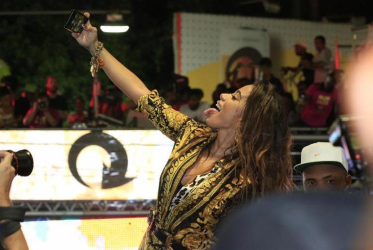 A cantora Anitta marcou presença no Camarote Skol Puro Malte - Foto: Divulgação