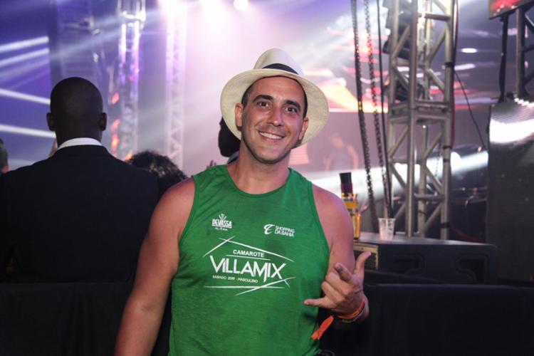 O apresentador André Marques aproveitou a folia no Camarote Villa Mix