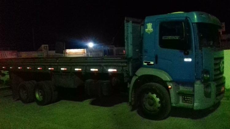 O caminhão foi localizado um posto de combustível situado às margens da BR-407 - Foto: Divulgação