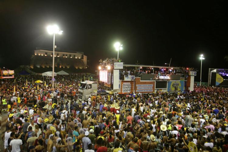 Desde a largada para o Carnaval, já foram realizadas mais de 130 vistorias em camarotes diversos da capital - Foto: Joá Souza | Ag. A TARDE