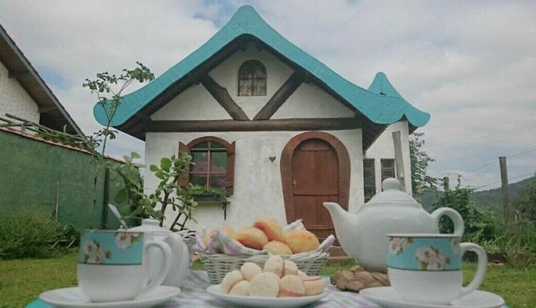 Casa 'Conto de Fadas', fica em Serra de São Pedro (SP) - Foto: Divulgação l Airbnb