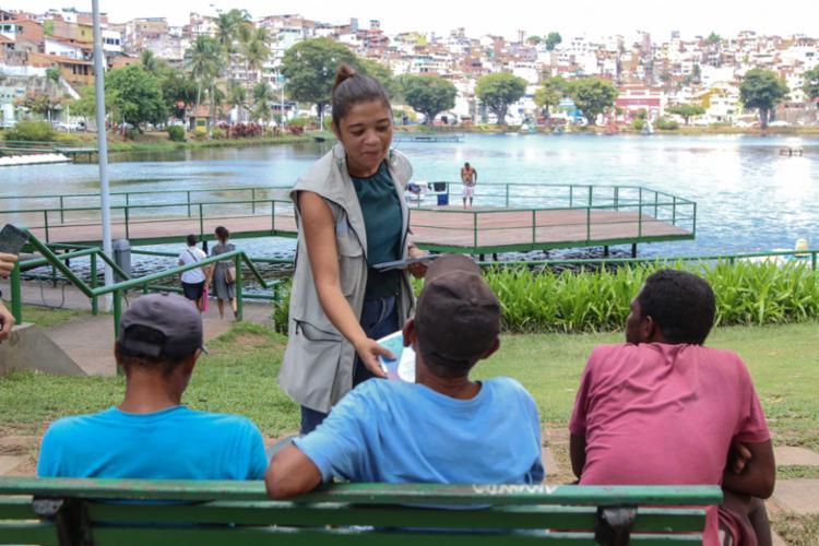 Foram distribuídas cartilhas e materiais educativos sobre os cuidados e monitoramento da água - Foto: Divulgação