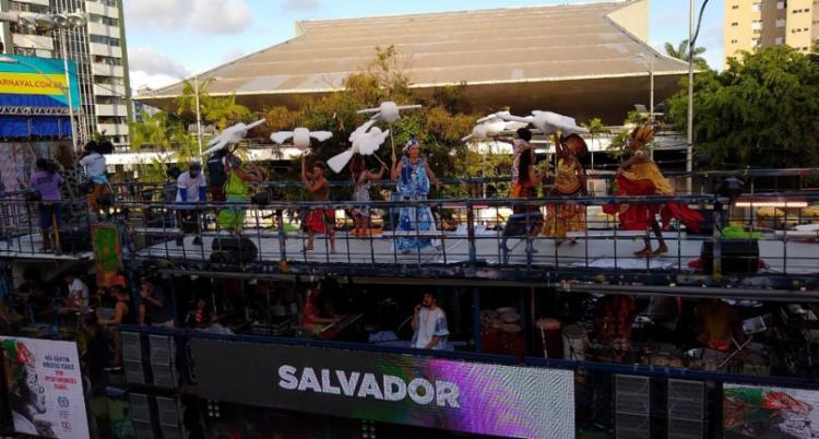 Daniela Mercury foi uma das atrações que levantaram o folião pipoca no Campo Grande - Foto: Tainá Cristina | Ag. A TARDE