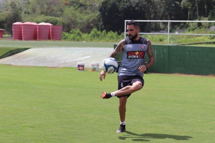 Escudero começou a treinar normalmente no início desta semana. - Foto: Maurícia da Matta | EC Vitória