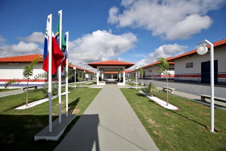 A nova sede do Colégio Estadual Professora Delzair do Nascimento Galvão tem capacidade para 720 alunos - Foto: Paula Fróes/GOVBA