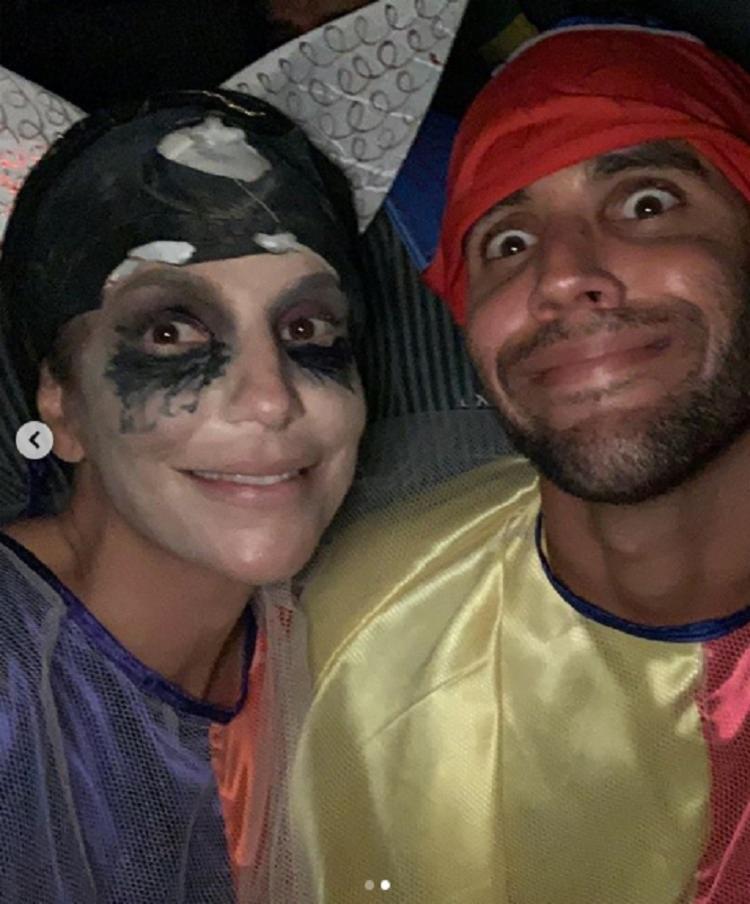 Ivete Sangalo e o marido, Daniel Cady, curtiram o carnaval fantasiados durante a folia. - Foto: Reprodução   Instagram