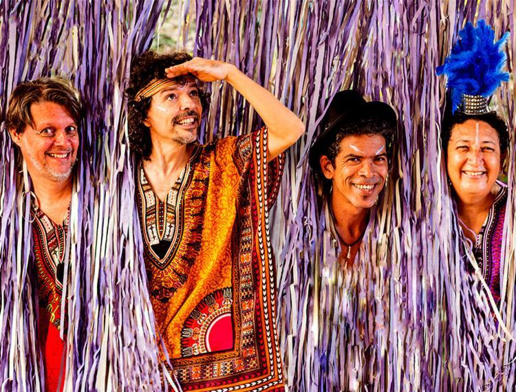 Banda Microtrio comanda folia da festa - Foto: Divulgação