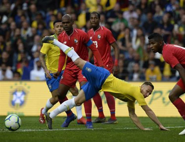 Equipe pecou pela falta de objetividade e criatividade - Foto: Miguel Riopa | AFP