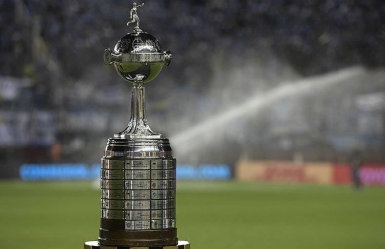 Dois brasileiros começam nesta noite a corrida pela premiação que chegará a US$ 19 milhões - Foto: Divulgação | Conmebol