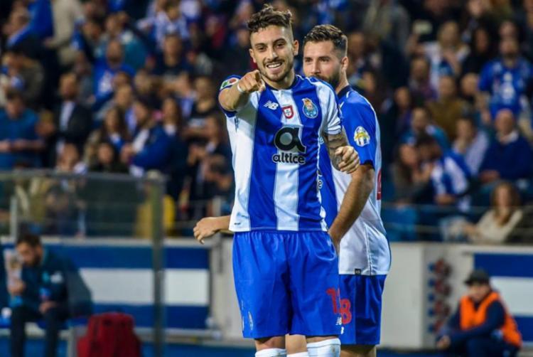 Esta é a primeira vez que o jogador do Porto é chamado para a equipe nacional - Foto: Divulgação   FC Porto