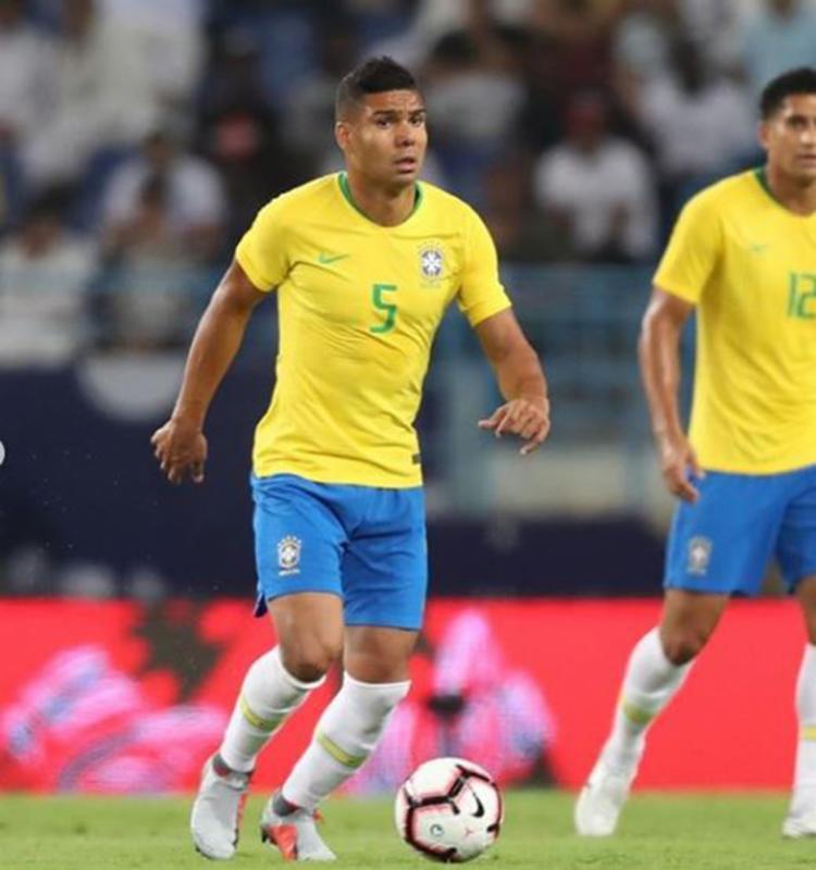 Em 2017, contra a Bolívia, Casemiro também foi escolhido capitão em partida das Eliminatórias - Foto: Reprodução | Instagram