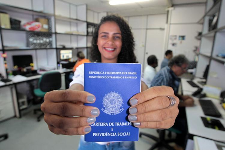 Entre as pessoas de 18 a 24 anos, houve retração de 1,3% na taxa de ocupação no trimestre móvel - Foto: Divulgação | Paula Fróes | GOVBA