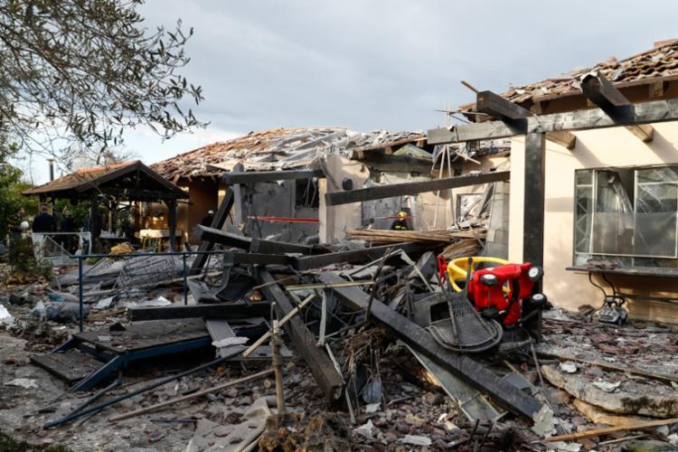 O Exército indica que o foguete foi lançado a partir do sul do território palestino e percorreu quase 120 km - Foto: Jack Guez | AFP