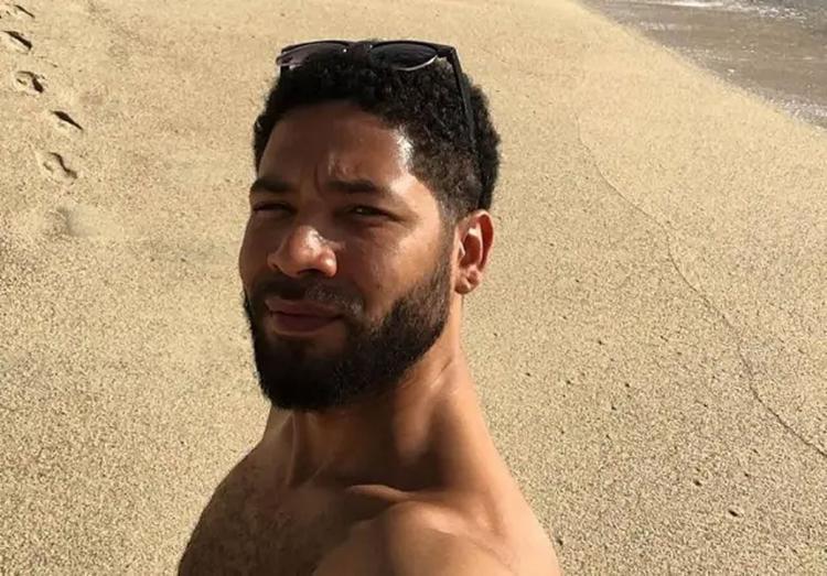Ator alega que sofreu violência física por ser negro e gay, mas autoridades locais suspeitam que ele tenha forjado o ataque em troca de visibilidade - Foto: Reprodução l Instagram l @JussieSmollett