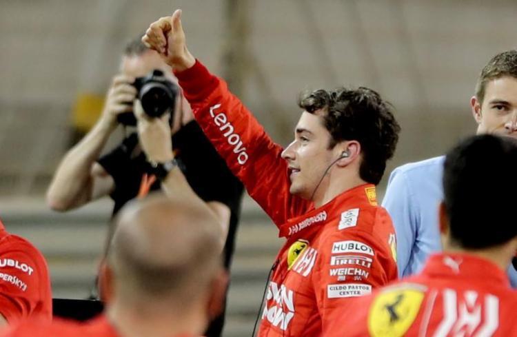 Leclerc quebrou o recorde da pista, ao fazer a melhor volta no circuito do Sakhir, em 1min27s866 - Foto: Karim Sahib l AFP