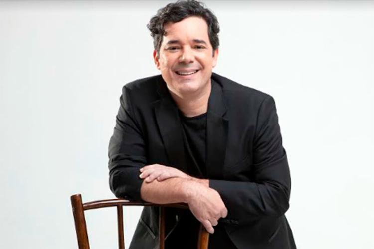 """No show, Luís interpreta o single """"Saudades"""", além de outras músicas autorais - Foto: Divulgação"""