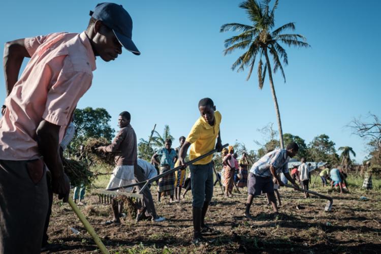 A Cruz Vermelha Internacional advertiu que Moçambique enfrenta momento delicado e cercado de ameaças - Foto: Yasuyoshi Chiba | AFP