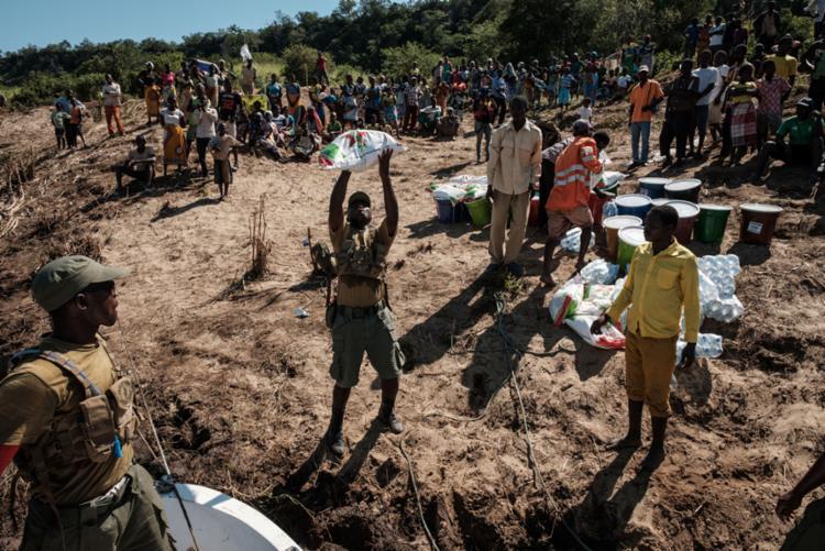 Segundo o último balanço das autoridades, o ciclone e as inundações deixaram 468 mortos no país - Foto: Yasuyoshi Chiba | AFP