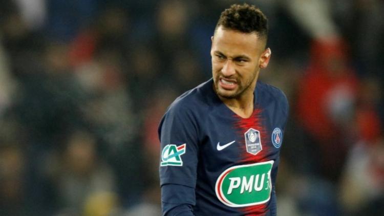 Desde sua chegada ao PSG, as especulações em torno de Neymar no time espanhol não pararam de surgir - Foto: Charles Platiau   Reuters