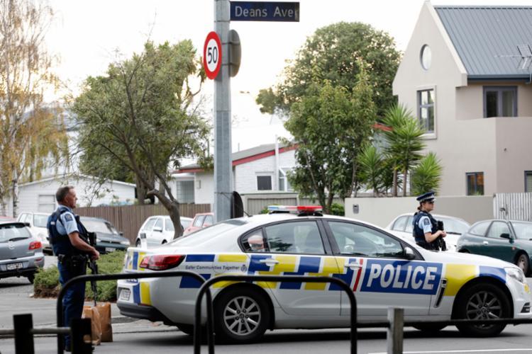 Além dos ataques a tiros, a polícia de Christchurch desativou diversos explosivos - Foto: Tessa Burrows | AFP
