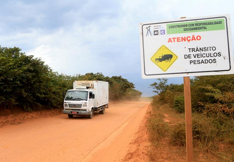 As obras de restauração do trecho, que liga a sede municipal ao povoado de Cercado, têm um prazo estimado de conclusão de 210 dias - Foto: Mateus Pereira