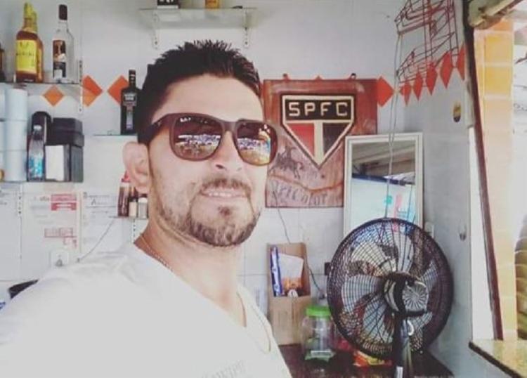 Nildo Carneiro foi esfaqueado em seu estabelecimento - Foto: Divulgação | Augusto Urgente