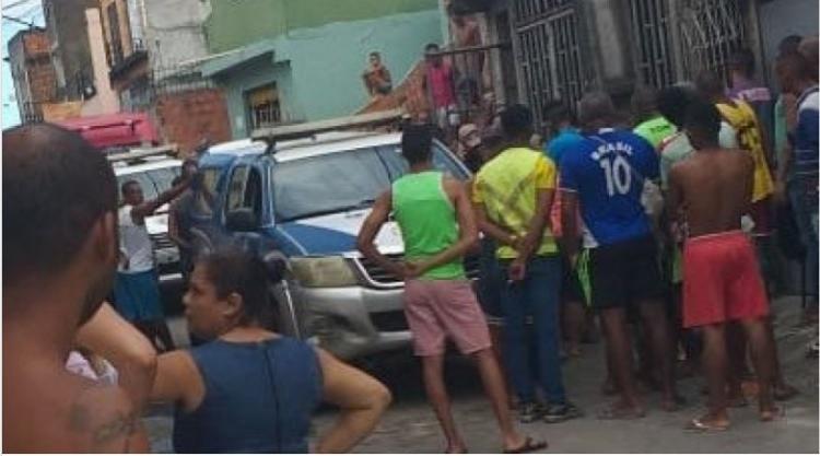 O crime aconteceu na manhã deste sábado, 30, no Subúrbio Ferroviário de Salvador - Foto: Cidadão Repórter | Via Whatsapp