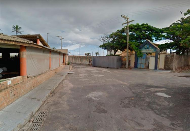 Assalto aconteceu em restaurante na rua do Xaréu, no bairro de Pituaçu - Foto: Reprodução | Google Street View