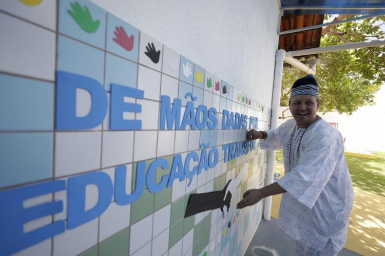 Tata Ricardo Tavares festeja os bons resultados obtidos pela escola no Inep - Foto: Joá Souza l Ag. A TARDE