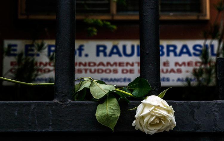 Tragédia ocorreu nesta quarta-feira, 13, na Escola Estadual Professor Raul Brasil - Foto: Miguel Schincariol   AFP