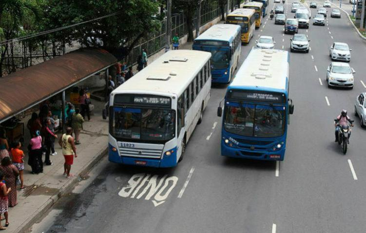 Foi confirmado o reajuste no preço da passagem de ônibus em Salvador - Luciano da Matta   Ag. A TARDE