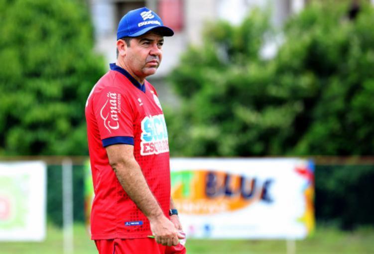 Treinador corre atrás de bons resultados - Divulgação / EC Bahia / Felipe Oliveira