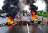 Moradores protestam contra insegurança e queimam pneus na BR-330 | Foto: