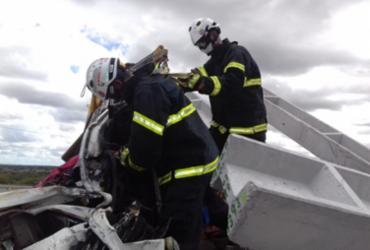 Uma pessoa morre e outra fica ferida após colisão entre carretas | Divulgação | SSP/ BA