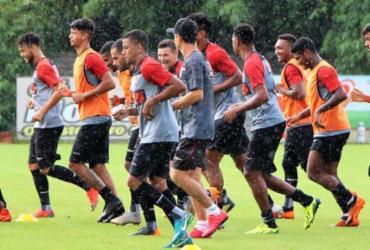 Vitória atende sindicato e reintegra jogadores afastados | Maurícia da Matta l EC Vitória