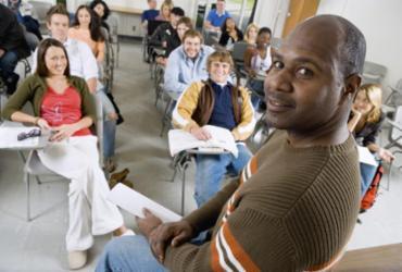 Curso completo sobre a BNCC está sendo ofertado gratuitamente para professores e gestores