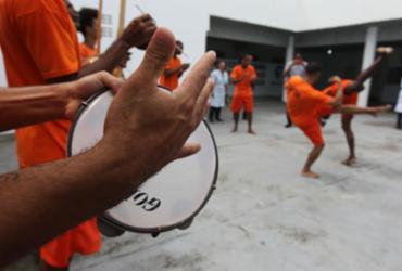 Capoeira é instrumento de ressocialização para internos do Conjunto Penal de Lauro de Freitas