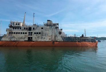 Após quatro dias, envelopamento do ferry Mont Serrat é concluído | Divulgação | Marina Aratu