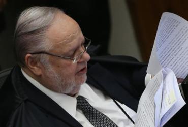 Relator vota por redução da pena de Lula no caso do triplex   José Cruz   Agência Brasil